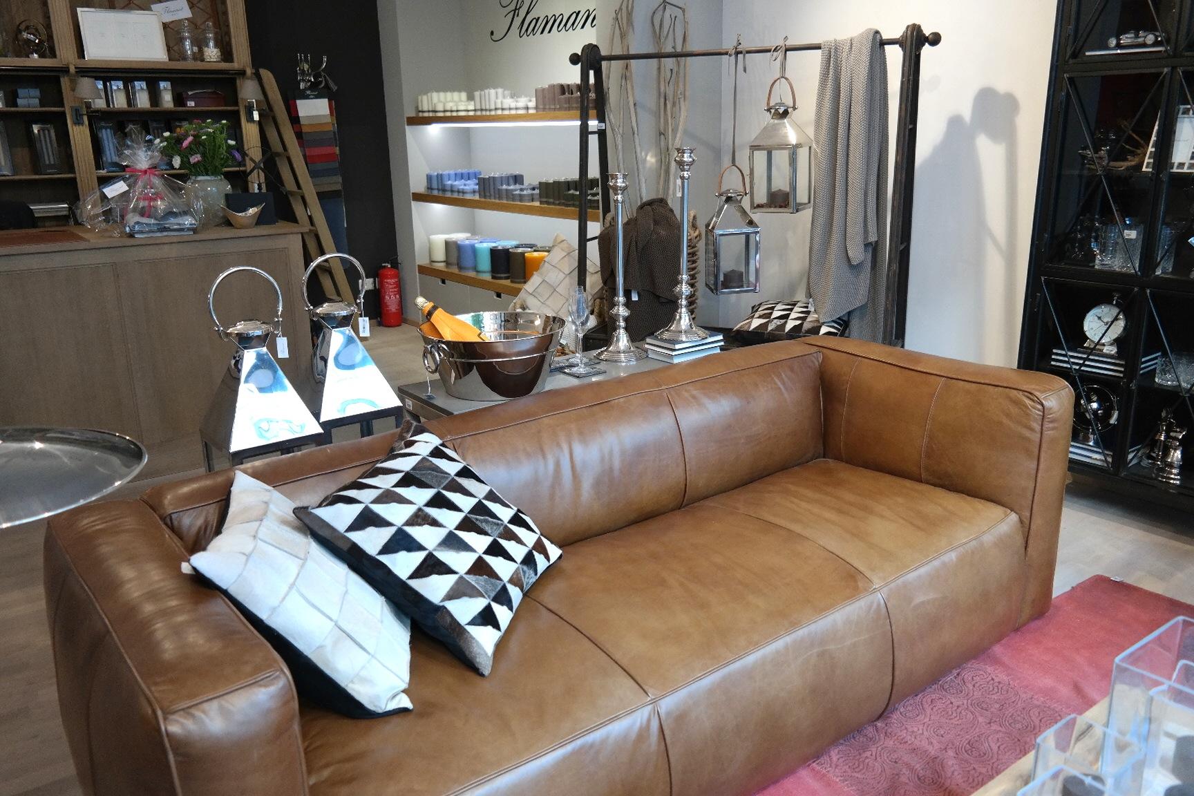 Flamant Store Bonn Innenstadt Möbelgeschäft Einrichtungshaus Interior  Design Accessoires Möbel Sofas Belgischer Stil Französisch Solide Massiv  Geschenk ...